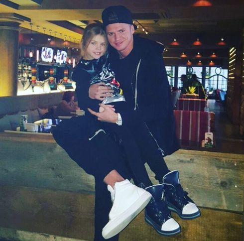 Костенко ожидает ребенка отТарасова
