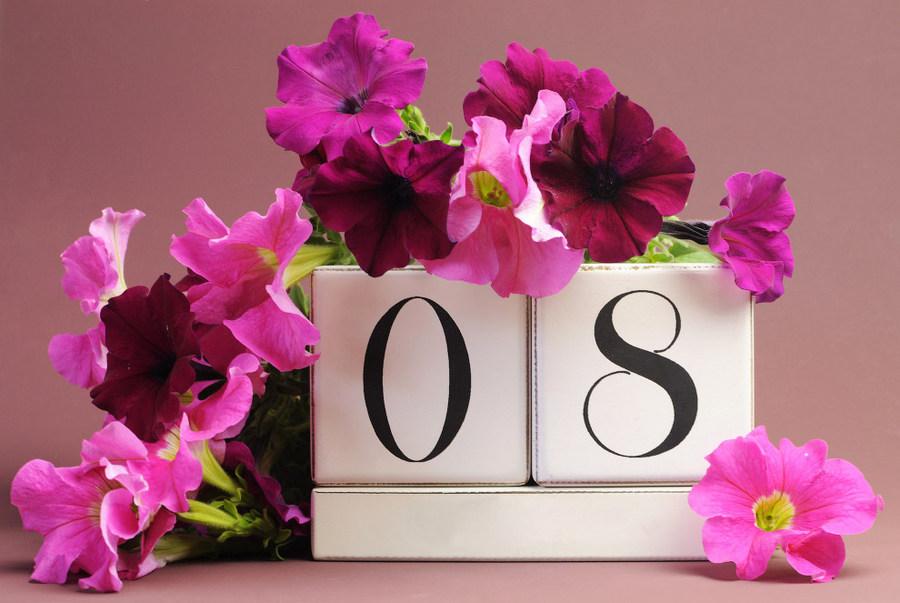 Поздравления с восьмого марта в стихах 12