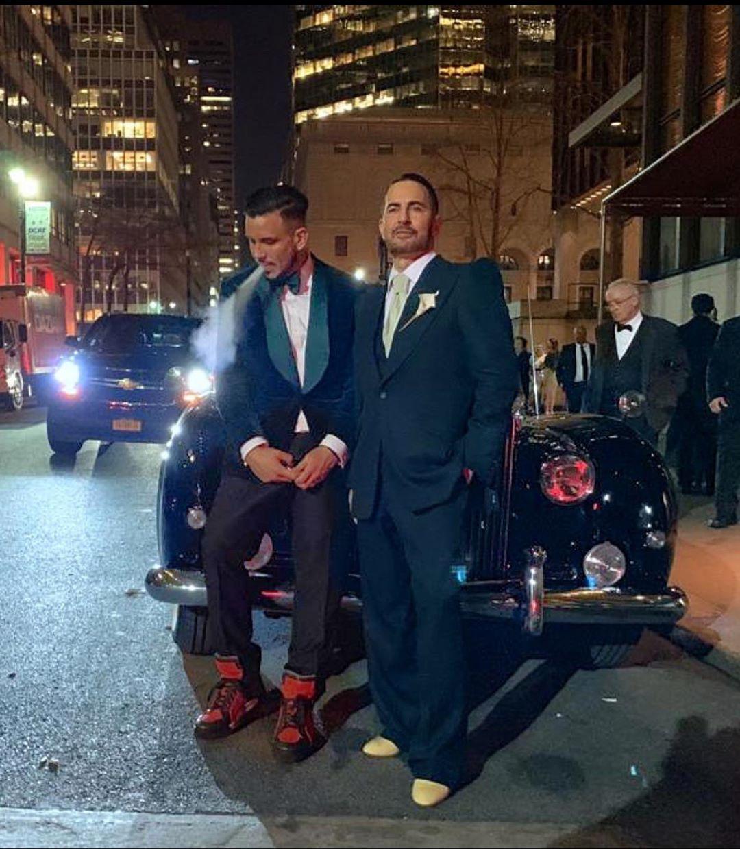 Марк Джейкобс сыграл свадьбу свозлюбленным вНью-Йорке