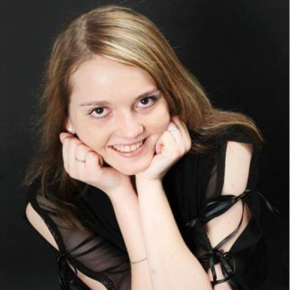 Артистка изсериала «Счастливы вместе» Мария Симдянкина впала вкому