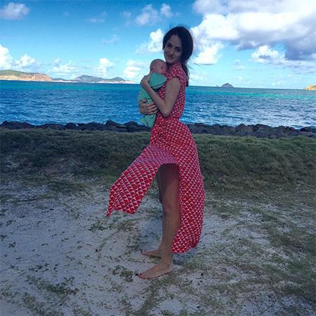 Мать и сын любовники на море 5 фотография