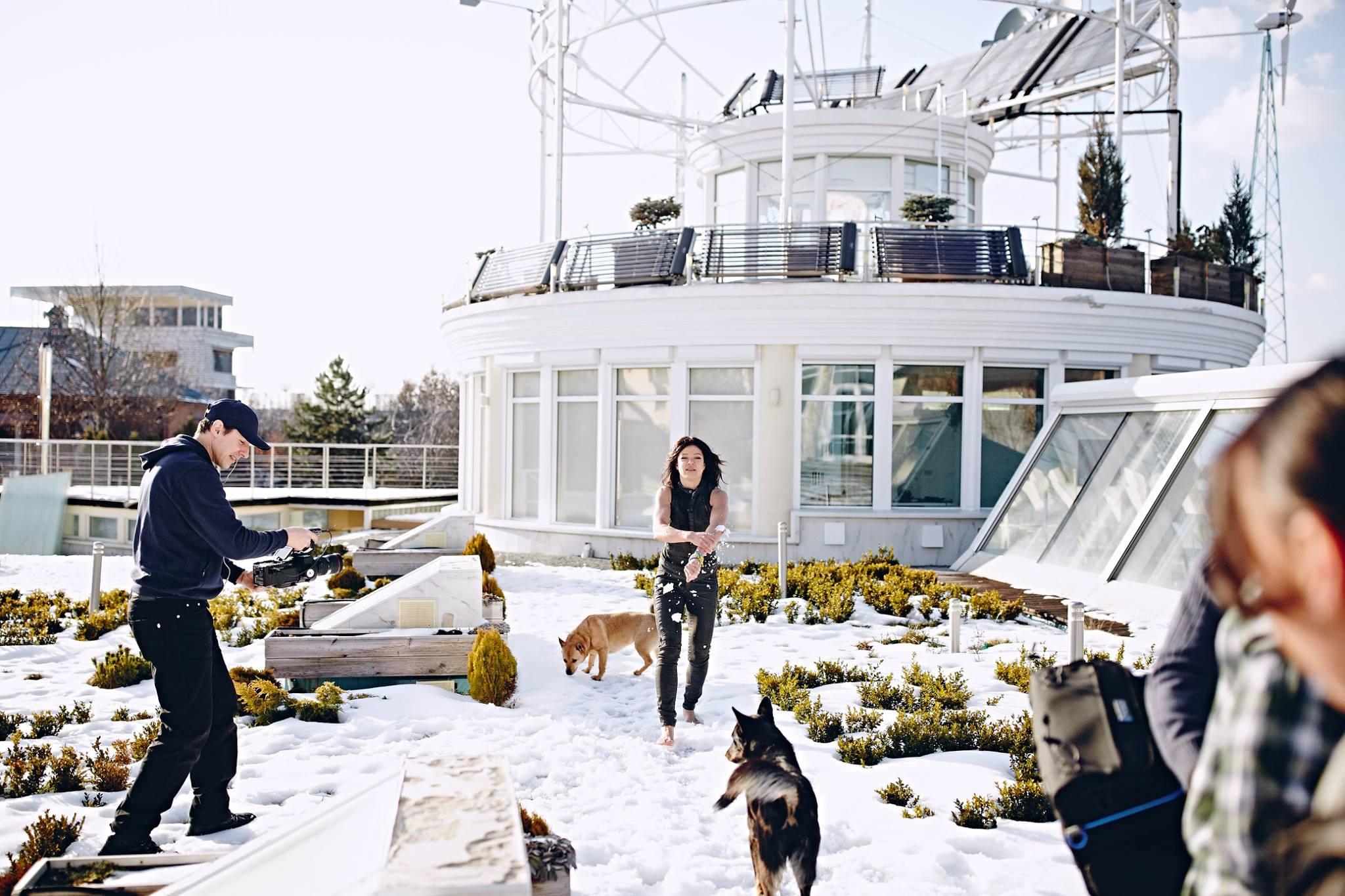Певица Руслана показала свой особняк недалеко отКиева: захватывающие фото