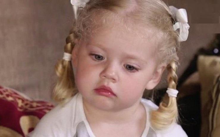 «ОтЛизы такого неожидала»: 3-х летняя дочь Аллы Пугачевой назвала себя «королевой»