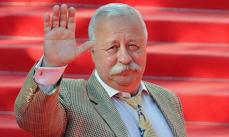 Леонид Якубович улетел лечиться в Германию