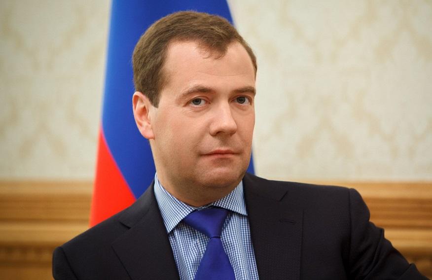 В сети бурно обсуждают обувь Дмитрия Медведева