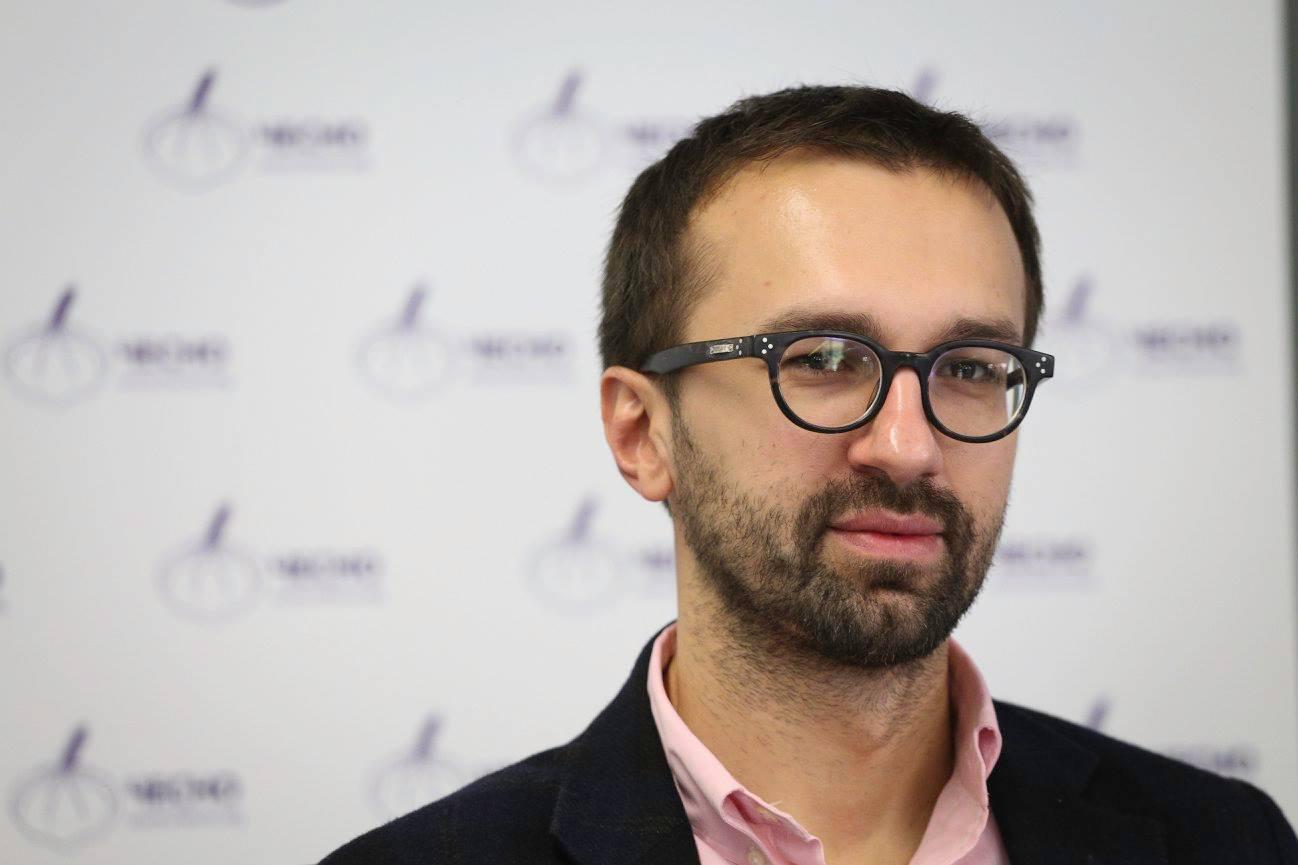 Сергей Лещенко пожаловался на условия работы