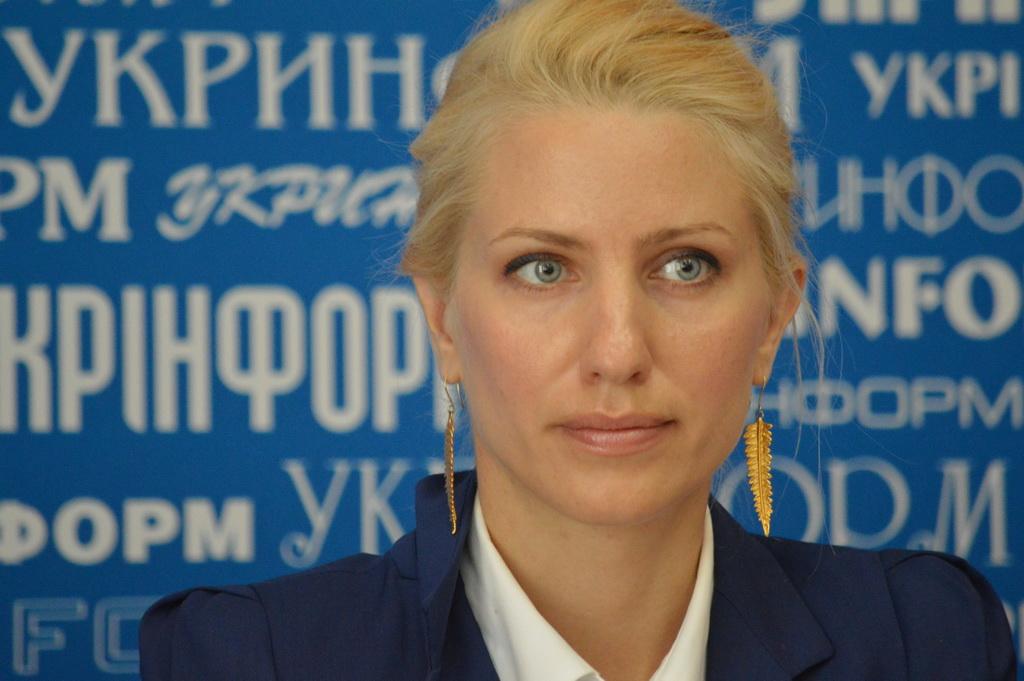 Светлана Залищук оконфузилась с модными туфлями