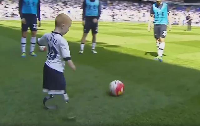 В Украине предлагают детей-инвалидов научить играть в футбол