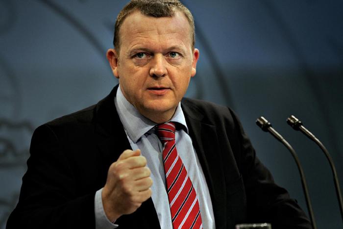 Блогеры смеются из-за забавного фото датского политика