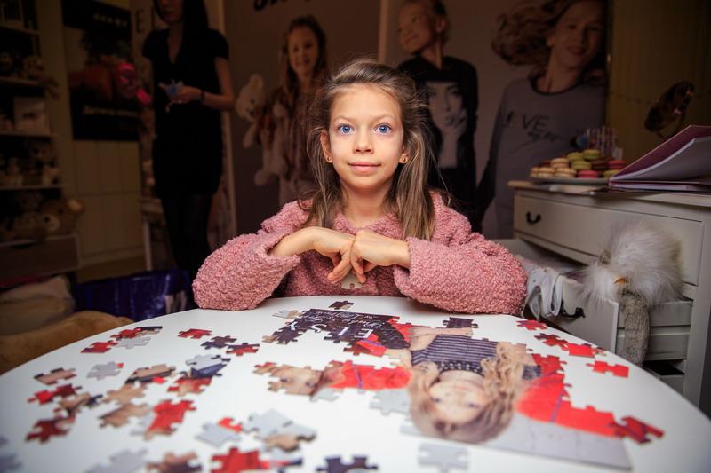 Вера Брежнева показала младшую дочь фото  glamurchik