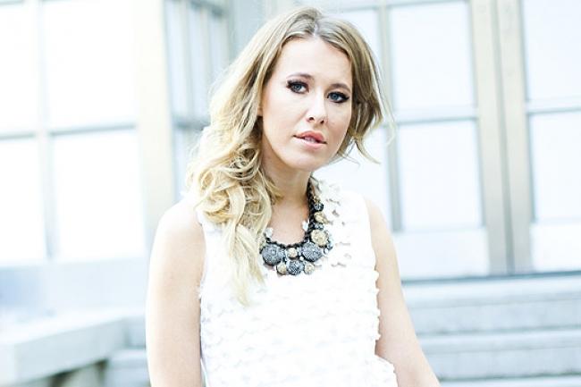 Ксения Собчак выбрала платье от украинского дизайнера