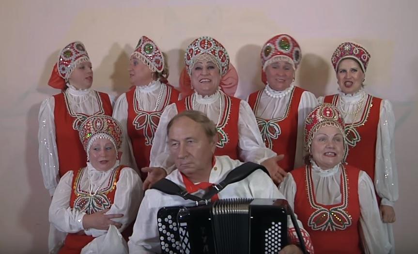 """""""Ломовые бабушки"""" спели новый хит про главу РФ"""