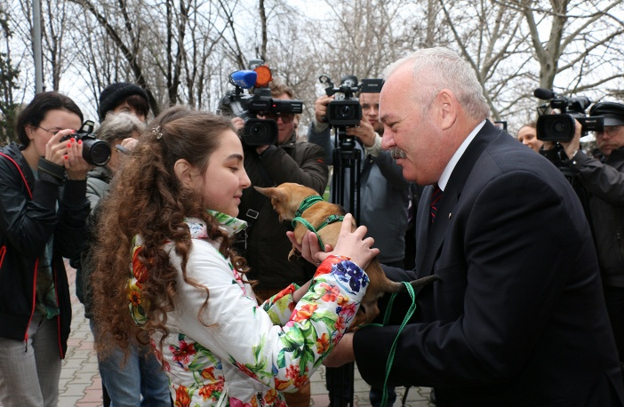 Президента РФ назвали добрым волшебником