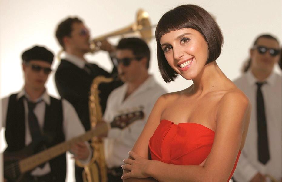 Украинская певица призналась что говорит со своим возлюбленным о свадьбе