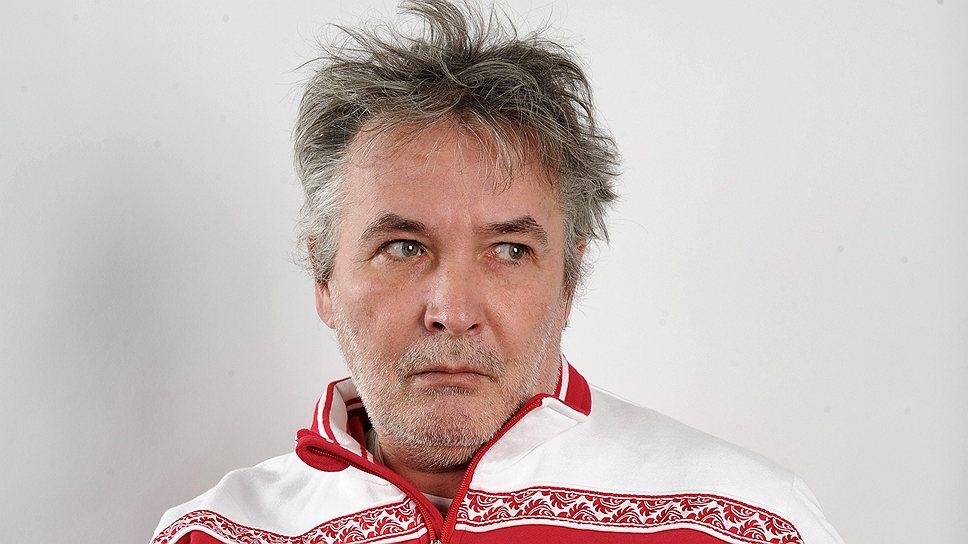 Российский поэт Орлуша позабавил сети колкими строчками и фото