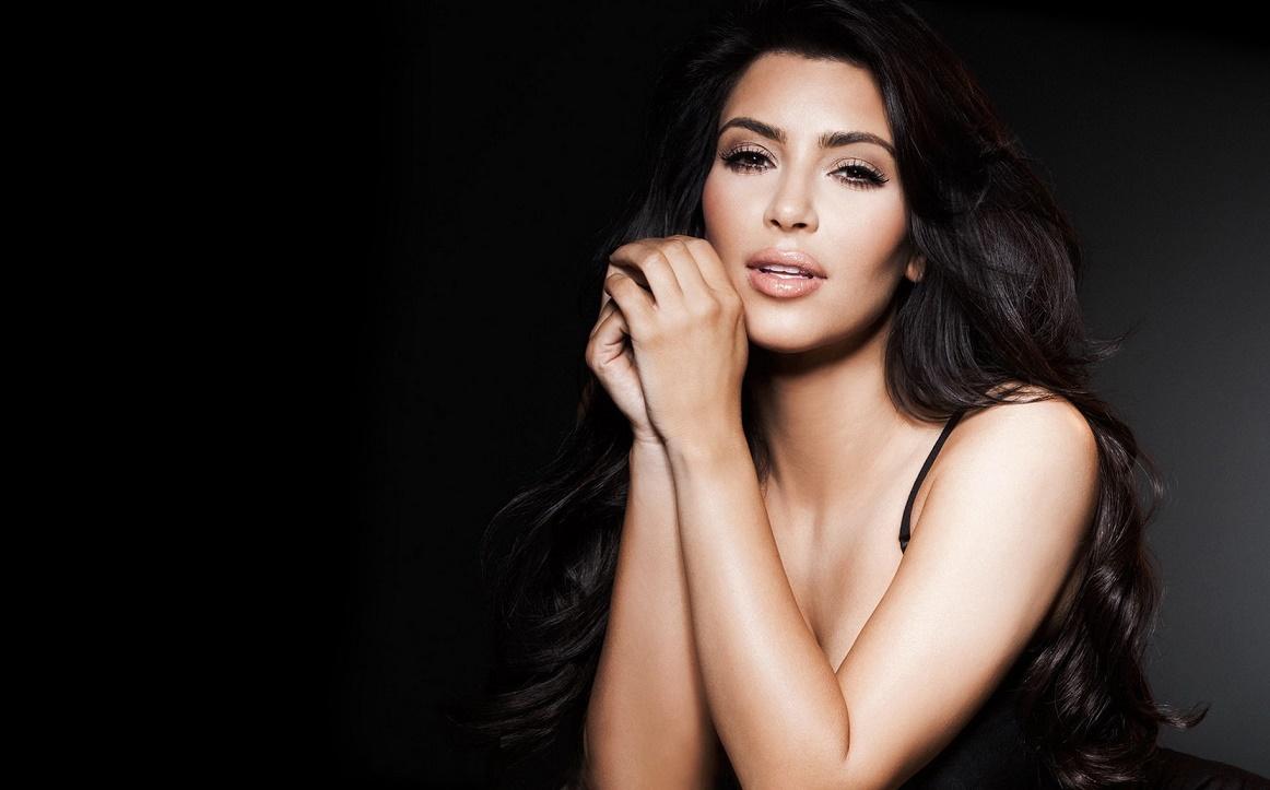 Эксперты уверены, что продать драгоценности Ким Кардашьян злоумышленникам не удастся