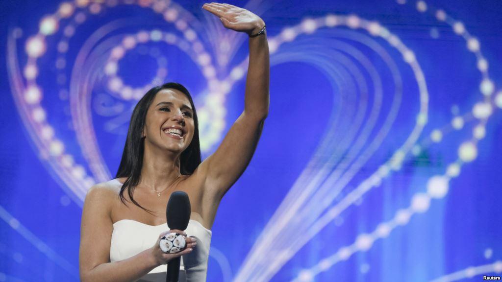 Певица знает о любви ее российских поклонников