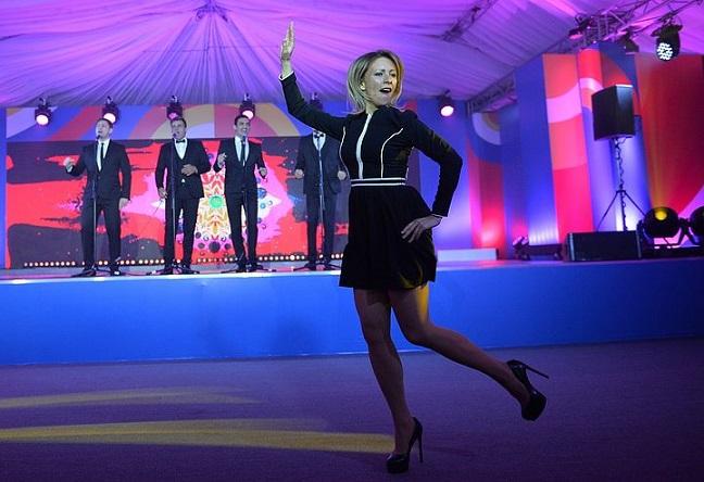 Хореографы прокомментировали танцы Марии Захаровой