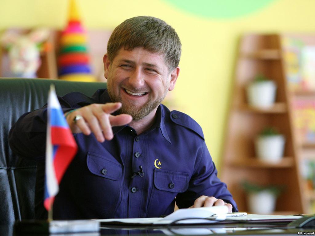 Рамзан Кадыров позабавил постановочным снимком