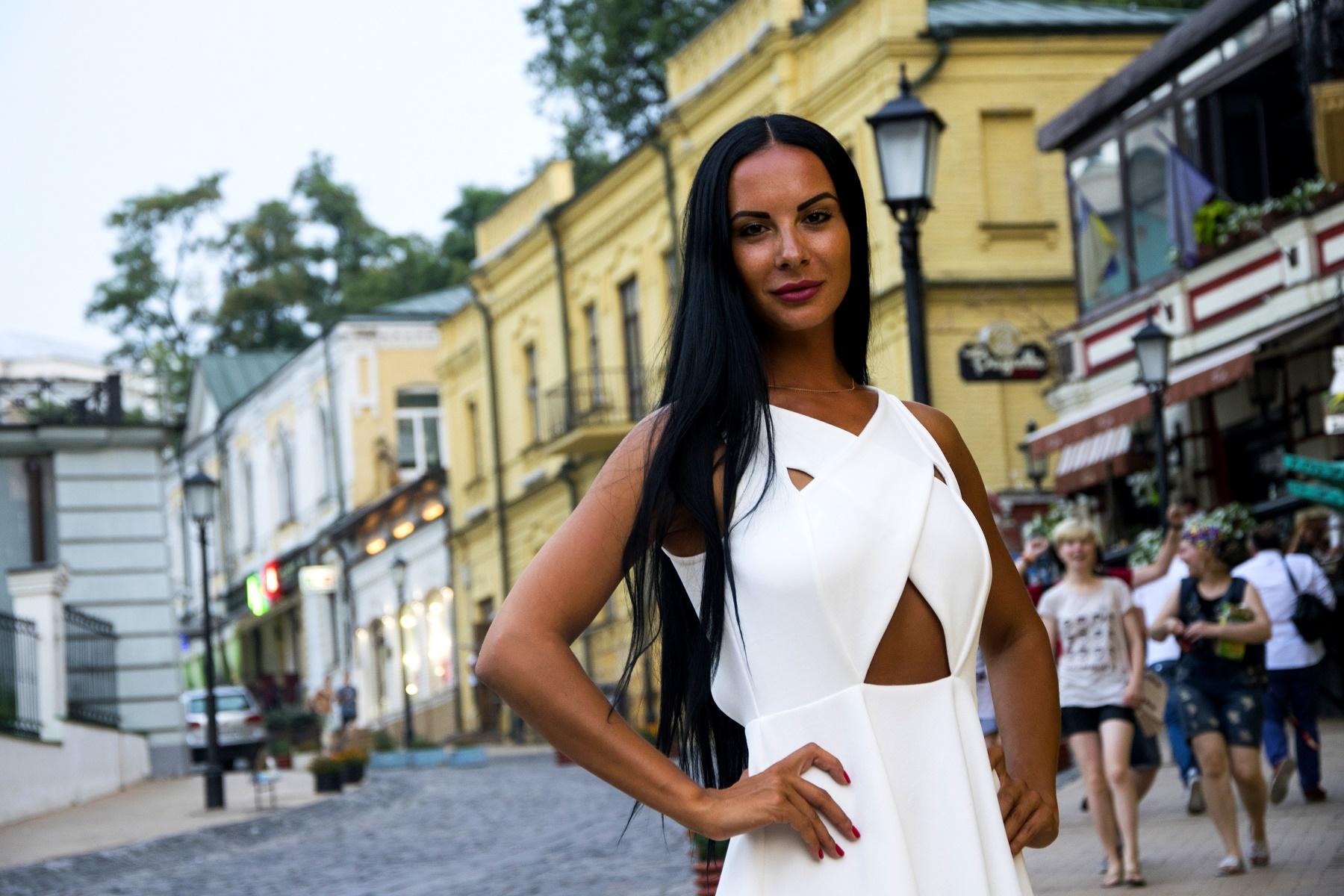 Популярная киевская патрульная Людмила Милевич высказалась на острые темы