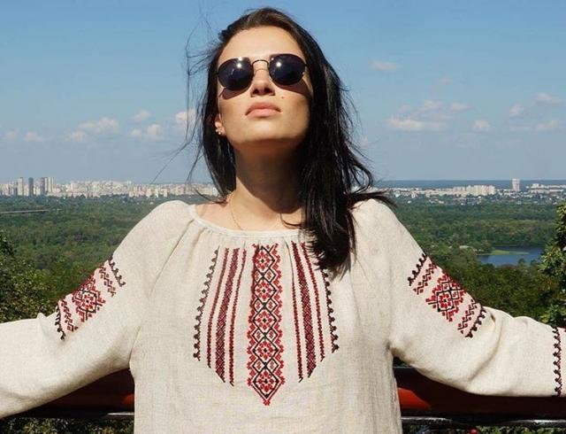 Анастасия Приходько пожелала мэтрам российской эстрады поскорее выйти на пенсию