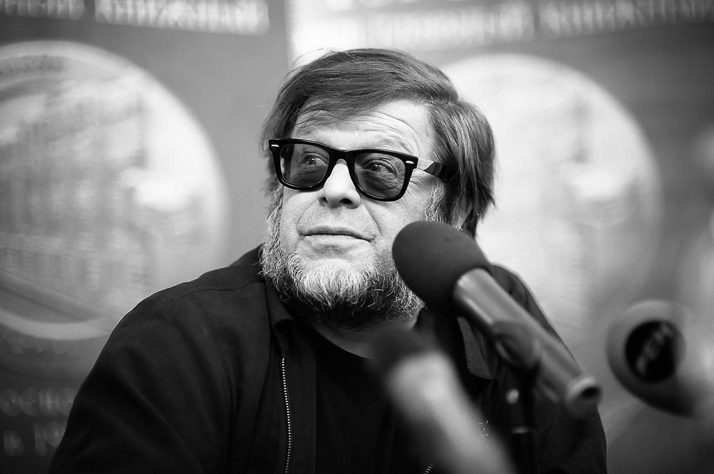 Известный музыкант начал гастролировать по Украине