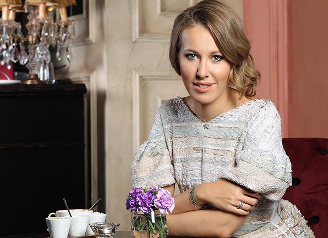 Мать Ксении Собчак рассказала, как помогала дочери во время родов