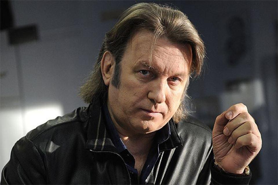 Юрий Лоза призвал музыкантов не писать песни про игры