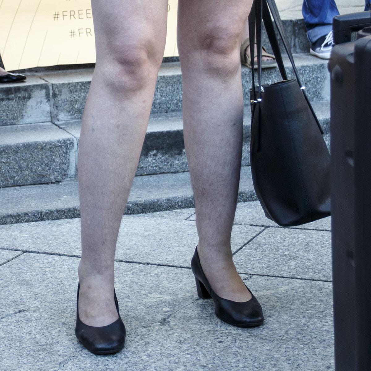 проститутки с волосатыми ногами