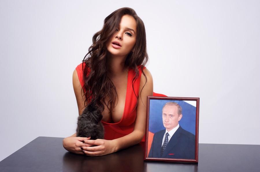 Сети взорвала новость о якобы еще одной любовнице главы РФ