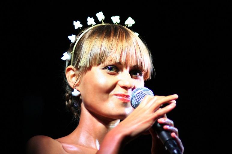 На «Голос країни» пришла эстрадная певица, которая впечатлила древним украинским пением