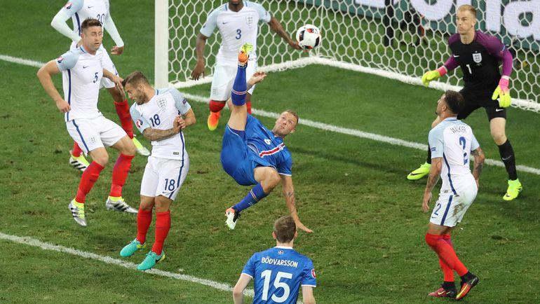 Исландский комментатор матча против Англии сорвал голос