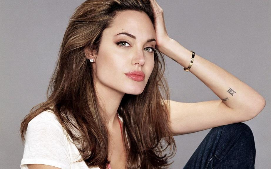 Джоли оразрыве сПиттом: «Это было тяжело»