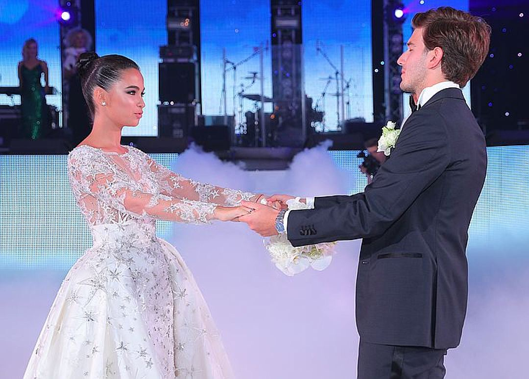 Видео со свадьбы дочки турецкого