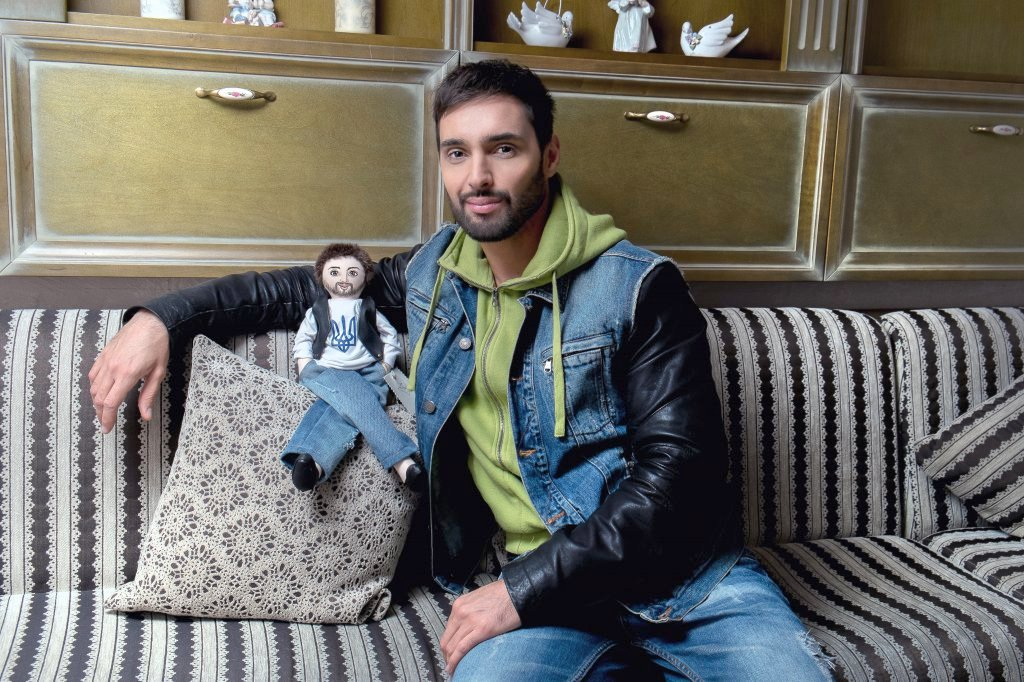 Философский взгляд поп-певца Виталия Козловского на актуальные события в Украине