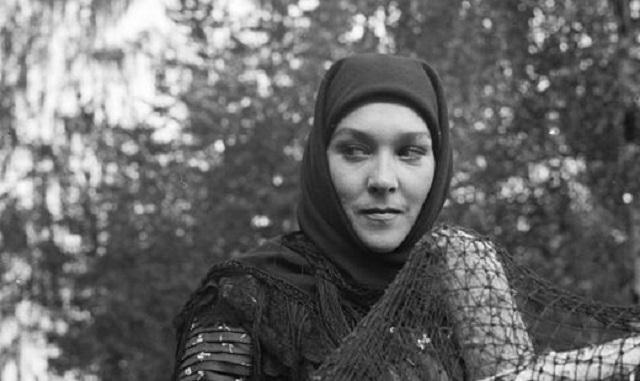 Актриса Александра Завьялова умерла от ножевого ранения