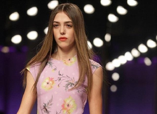 Дочь Сильвестра Сталлоне прошлась поподиуму наНеделе моды встолице Англии