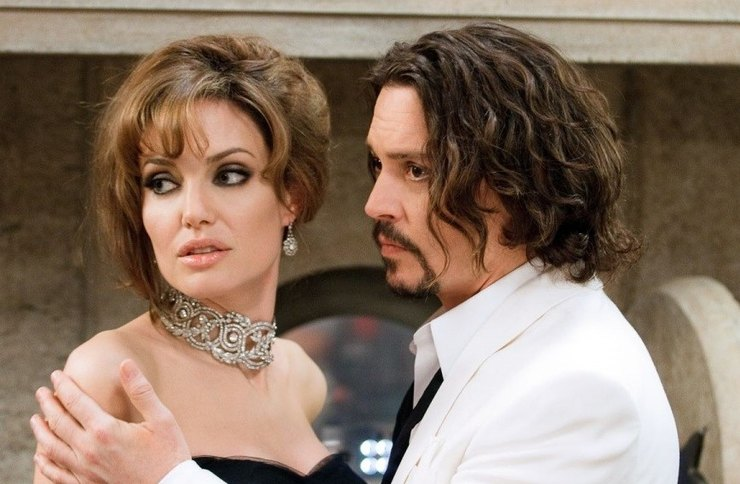 Одна из самых красивых американских актрис была замечена в компании Джонни Деппа