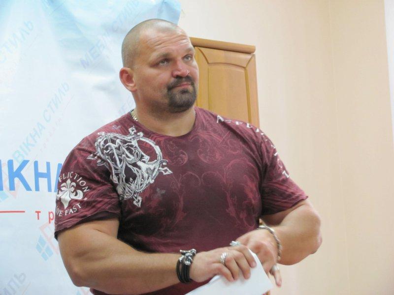 Василий Вирастюк не разрешит играть детям в нашумевшую игру