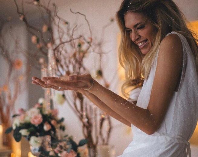 """Украинская певица спела давний хит Валерия Меладзе """"Ночь накануне Рождества"""""""