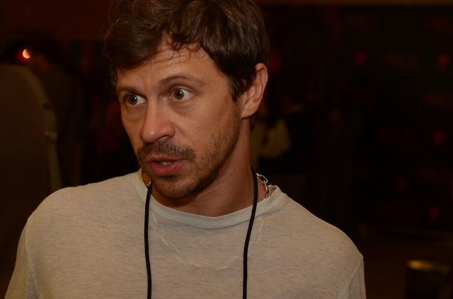 Павел Деревянко считает, что виноваты политики