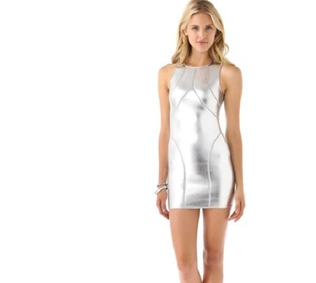 Серебряный цвет на пике популярности у модниц