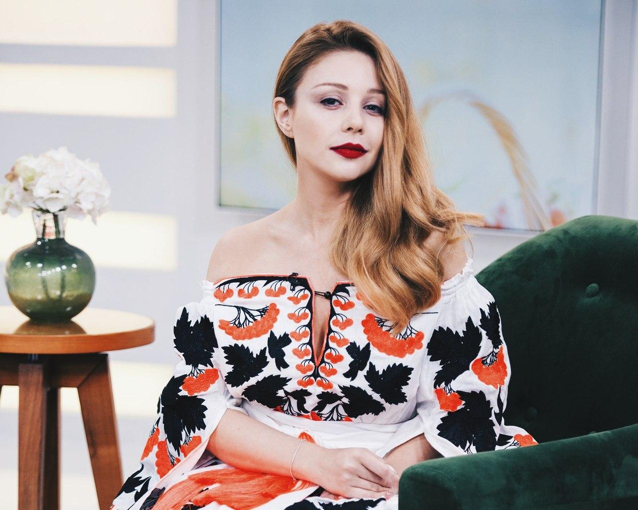 Минкульт просит Порошенко присвоить Тине Кароль звание народной артистки