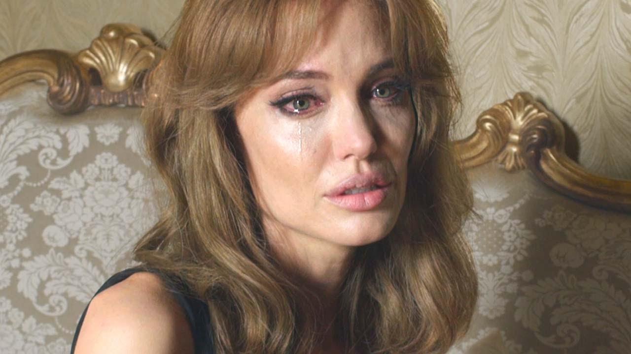 Анжелина Джоли стала лидером врейтинге упоминаний в русских СМИ