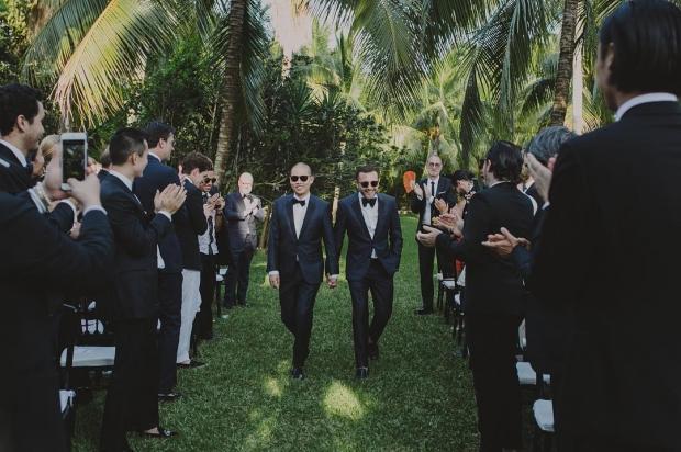 В сети опубликовали свадебные фото Джейсона Ву и Густаво Рангеля