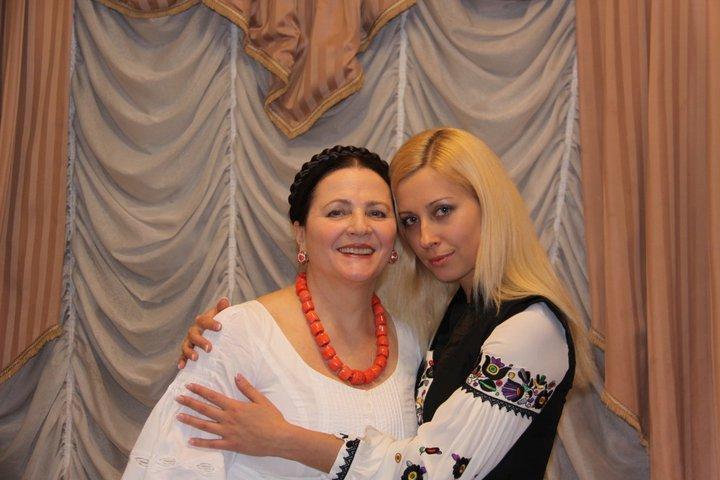 Тоня Матвиенко показала двухмесячную дочь