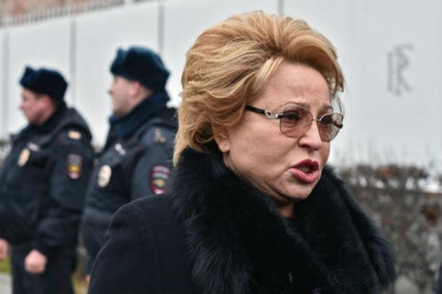Валентина Матвиенко не сняла верхнюю одежду даже на заседании