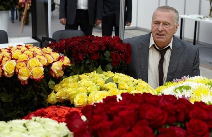 Жириновский предложил упрятать русских женщин в психушки