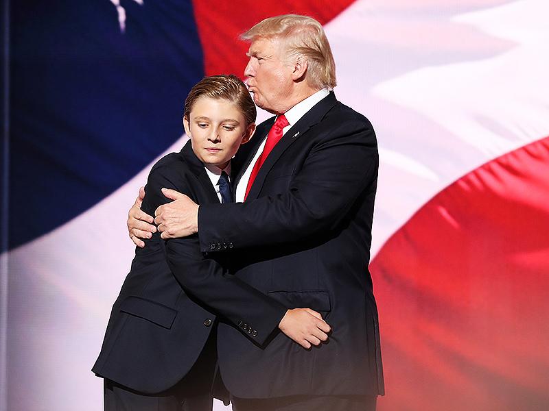 Меланья Трамп пришла вбешенство из-за ролика обаутизме еесына