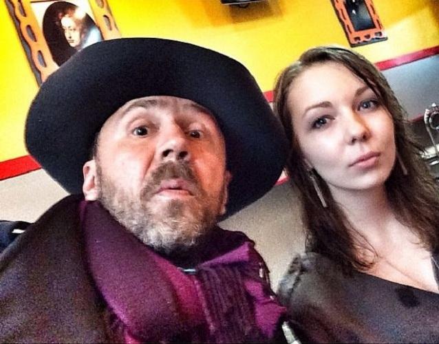 Дочь эпатажного музыканта не пошла по стопам отца